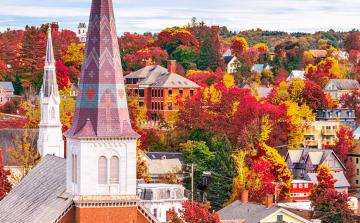 Charming New England: Fall Foliage